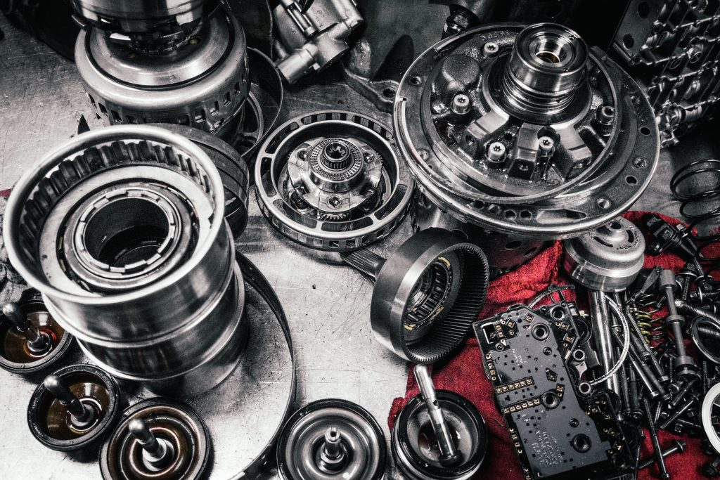 Tips on Collecting Vintage Auto Parts
