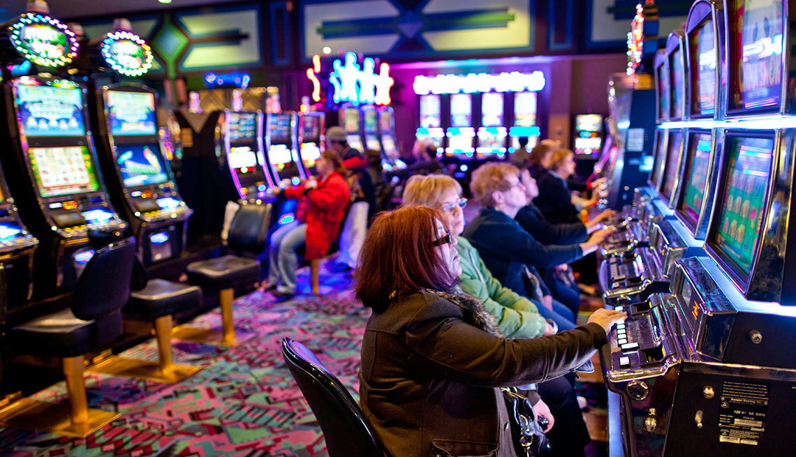 Important business lessons learned from playing slot machines