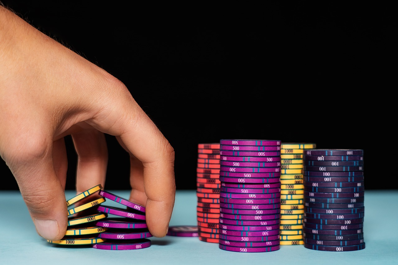 How to Try Your Luck at Online Casinos