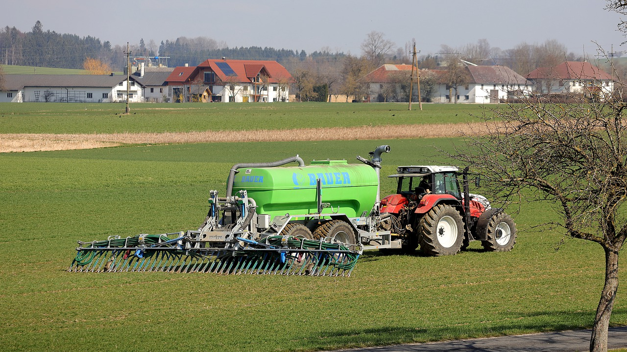 Rapid Spreader; Automated Manure Spreading Process