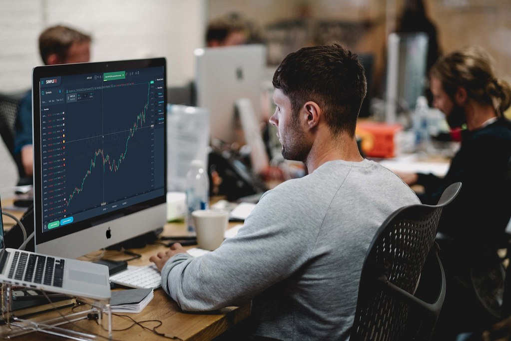 Top Reasons to Consider Forex Traders